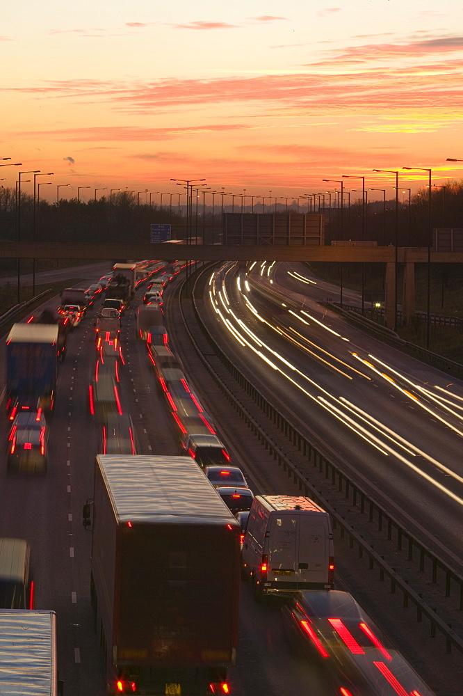 Rush hour traffic on the M60 motorway near Manchester, England, United Kingdom, Europe