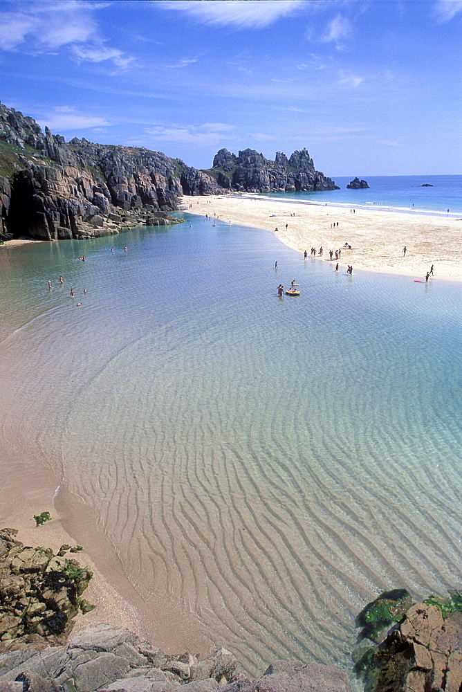 Porthcurno beach near the Minnack Theatre in West Cornwall. Lagoon at low tide.     (rr)