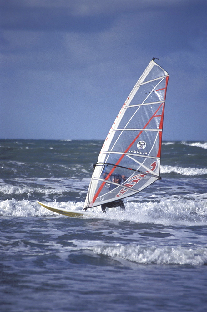Windsurfing, Broad Haven, Pembrokeshire     (rr)