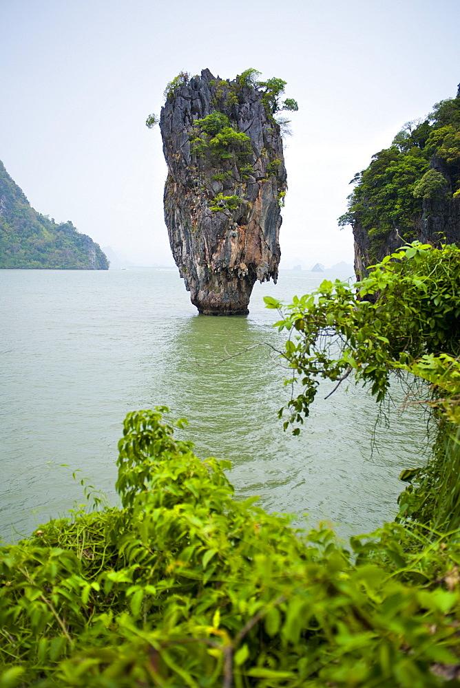 Khao Phing Kan (James Bond Island), Ao Phang-Nga National Marine Park, Phuket Island, Phuket, Thailand, Southeast Asia, Asia - 921-1362