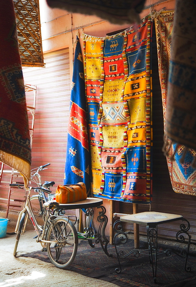 10/04/2009. Moroco, Agadir, Taroudant, Souks, market, stalls, grains, herbs and fabrics. Taroudant, Souks, Agadir. Morocco