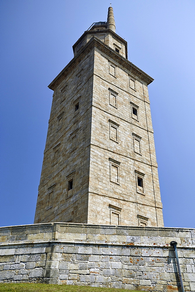 Hercules Tower, oldest Roman lighthouse in use today, UNESCO World Heritage Site, A Coruna, Galicia, Spain, Europe - 975-283