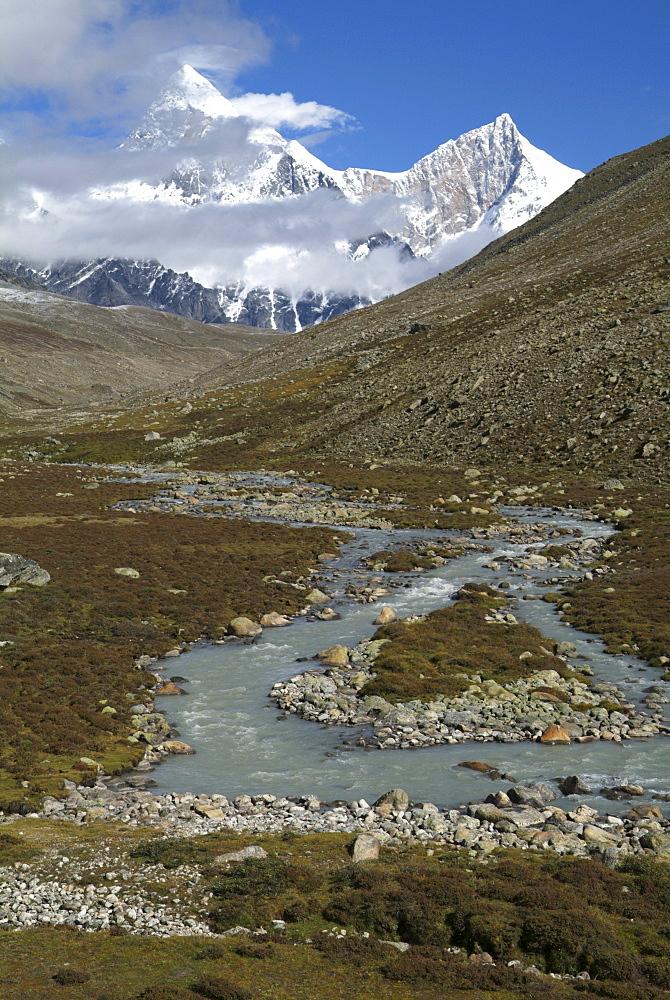 Tibetan  Mountain and Clouds. Glacier River,  Himalayas, Tibet. - 986-139