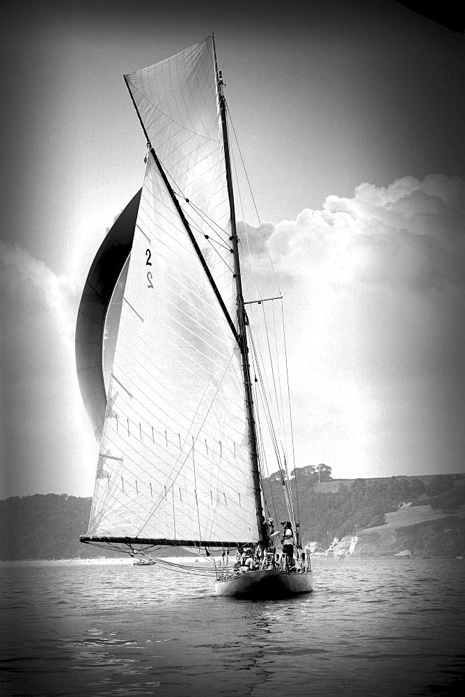 Yachts. Classic Boats, Sailing River Dart, Dartmouth, Devon. - 986-21