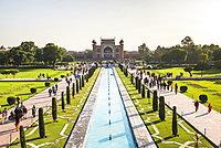 Great Gate (Darwaza-i rauza), the main entrance to the Taj Mahal, UNESCO World Heritage Site, Agra, Uttar Pradesh, India, Asia