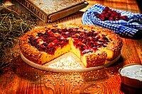 Cherry fruit pie, fruitcake