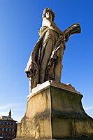 Statue of the Summer, Ponte Santa Trinita, Florence (Firenze), Tuscany, Italy, Europe
