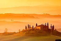 Orcia Valley (Val D'orcia), Farmhouse called 'Il Belvedere' near Pienza, Tuscany, Italy