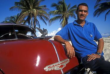 1952 Red Chevrolet, Playas del Este