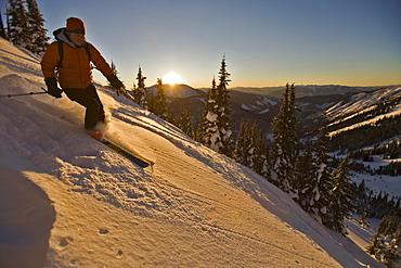 woman skiing, Valhalla Mountain Touring Lodge, British Columbia, Canada
