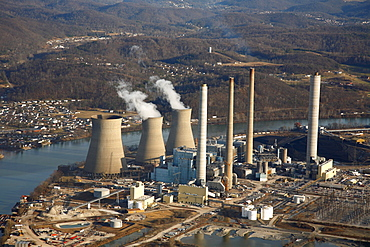 Aerial view of a coal-fired power plant.