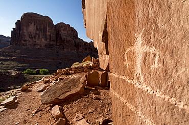 Pictographs along the Kane Creek Road, Moab, Utah.