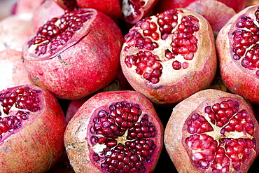Fruit (pomegranate) at the Grand Bazaar (also known as Kapili Carsi), Istanbul, Turkey, November 2007, Turkey