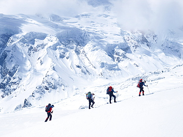 Manaslu mountaineering expedition 2008, Nepal Himalayas: Mountaineers during their ascent of Manaslu.