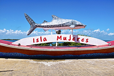 Welcome sign on Isla Mujeres, Mexico