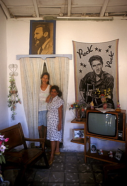 Home w, Fidel and Elvis, Trinidad, Cuba