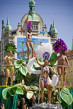 Four women dance to the rythum of the drums during the Carnival in Copenhagen, Denmark.