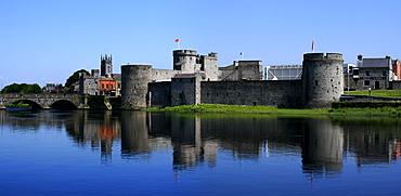 King John's Castle, River Shannon, County Limerick, Ireland