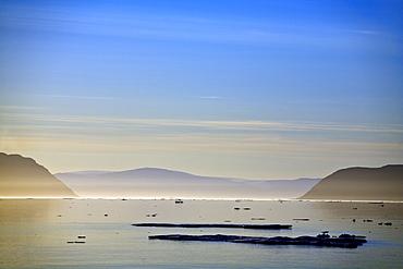 Icebergs, Nunavut, Canada