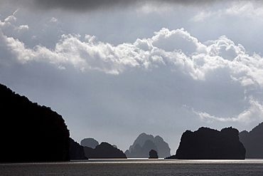 Halong Bay Islands In The Gulf Of Tonkin, Vietnam