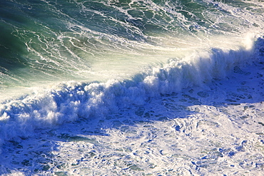 Oregon, United States Of America, Incoming Waves Along The Coast Of The Pacific Ocean
