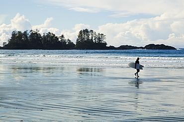 Surfer, Chesterman Beach, Tofino, Vancouver Island, Bc