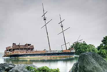 Shipwreck In Jordan Harbour, Ontario, Canada