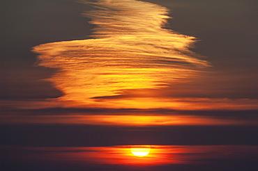 Sunset at reenard point looking across to valentia island, Cahersiveen, iveragh peninsula, county kerry, ireland