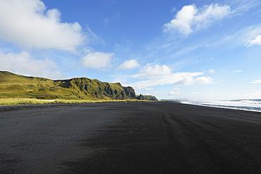 Black Lava Beach, Vik, Vestur-Skaftafellssysla, Iceland