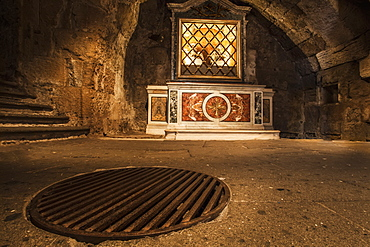 Inside The Mamertine Prison, This Metal Grate In The Floor Covers Where The Prisoners Were Lowered Into Their Prison Cell, Rome, Italy