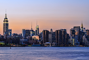 Midtown Manhattan Skyline At Sunset, New York, New York, United States Of America