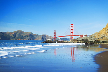 The Golden Gate Bridge In San Francisco With Beautiful Blue Ocean In Background