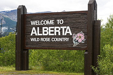 Sign Saying Welcome To Alberta, Wild Rose Country, Alberta, Canada