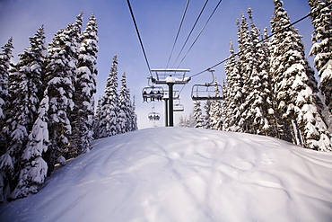 Chairlift At Crystal Mountain Ski Resort, Mount Rainier National Park, Washington, Usa
