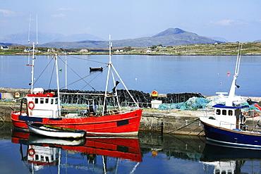 Roundstone, Connemara, County Galway, Ireland, Inishnee In The Background