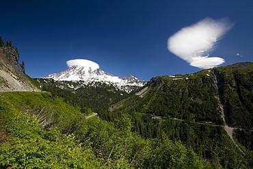 Mount Rainier, Mount Rainier National Park, Washington State, Usa