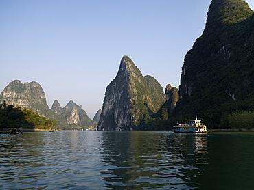 Li River, Yangshuo, Guilin, Guangxi Province, China