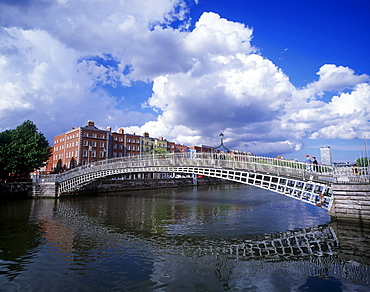 Ha'penny Bridge Over The River Liffey In Dublin, Ireland