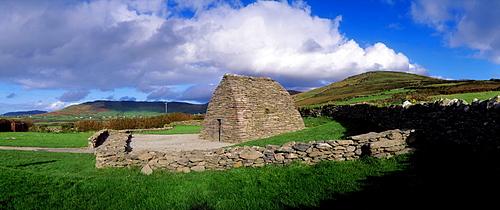 Gallarus Oratory, Dingle Peninsula, Co Kerry, Ireland