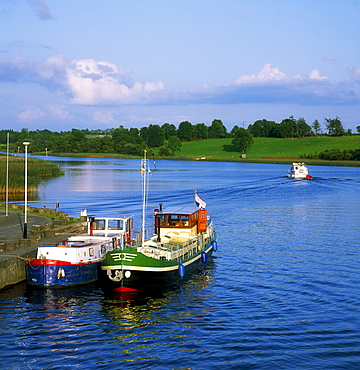 Carrick-On-Shannon, River Shannon, County Leitrim, Ireland