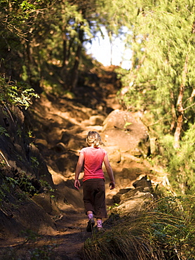 Hiking, Napali Coast State Park, Kauai, Hawaii
