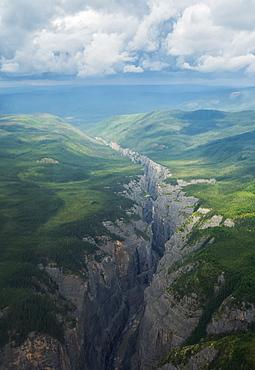 Scimitar Canyon, Nahanni National Park, Northwest Territories, Canada