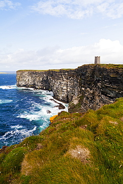 Marwick Head Rspb Nature Reserve, Kitcheners Monument, Orkney, Scotland