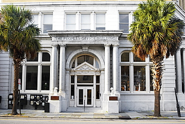 Facade of a building, Charleston, South Carolina, USA