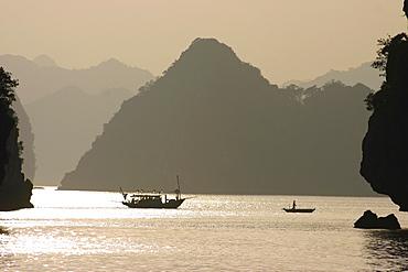 Boats in the sea, Halong Bay, Vietnam