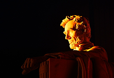 Close-up of an Abraham Lincoln statue, Lincoln Memorial, Washington DC, USA