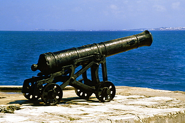 Side view of a Dockyard canon, Somerset, Bermuda