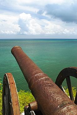Cannon at the seaside, Morgan Fort, Providencia y Santa Catalina, San Andres y Providencia Department, Colombia