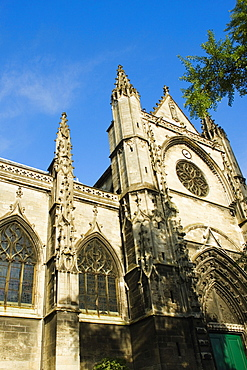 Low angle view of a basilica, St. Michel Basilica, Quartier St. Michel, Vieux Bordeaux, Bordeaux, France