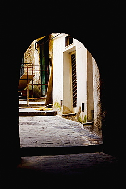 Archway of a building, Sorrento, Sorrentine Peninsula, Naples Province, Campania, Italy